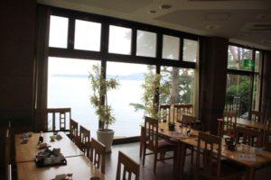 海楽荘の海の見える食堂