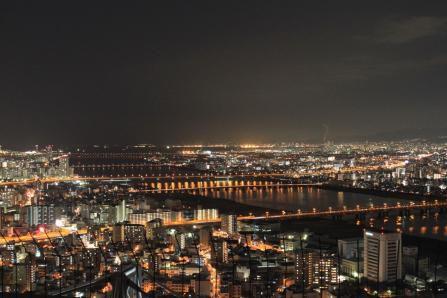 梅田スカイビル空中庭園からの夜景